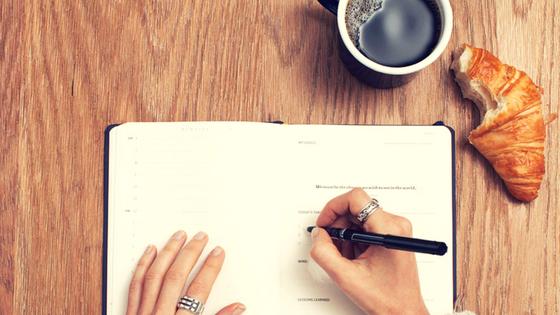 Zufriedener und glücklicher durchs Leben mit Journaling